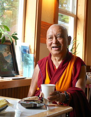 Lama Zopa Rinpoche in a coffee shop in Tonasket, USA, September 2016. Photo: Lobsang Sherab.
